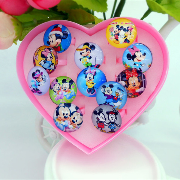 Color classification: 12 Mickey plastic heart-shaped ring box
