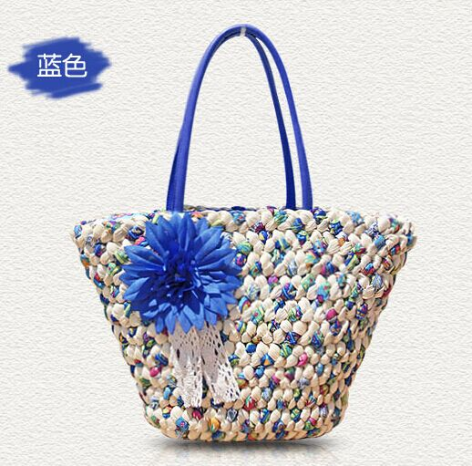 Graceful women straw bag and
