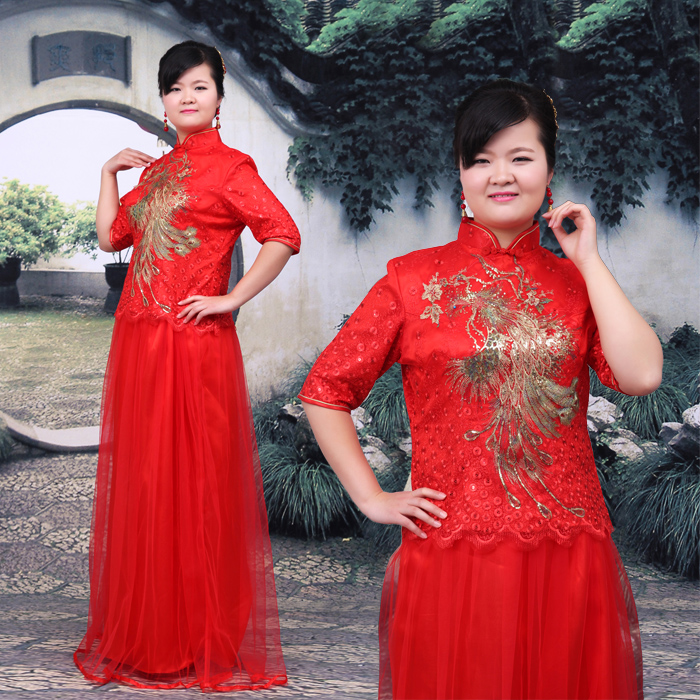 plus-size model in an elbow-sleeve Mandarin dress