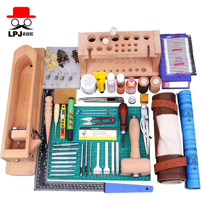 La confezione di Fatto a Mano, un Pacchetto di strumenti di Cuoio prodotti rivestiti di Pelle di bricolage e Materiali di produzione Arte professionale la Pelle ha il portafoglio.
