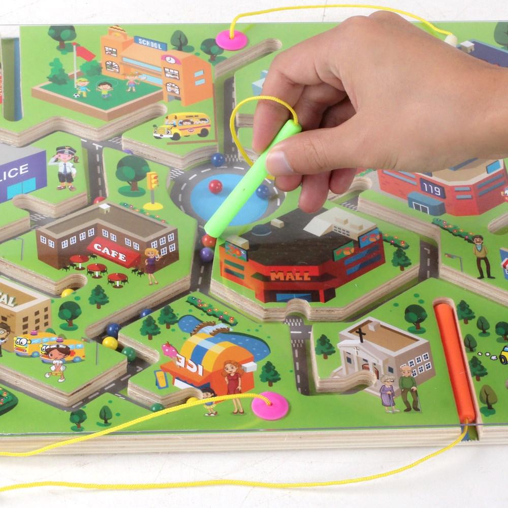otroški dan darilo magnetne interakcije med starši otrok, pero gibanje nizza labirint, teddy 2-3-4-6 sestavljanke.