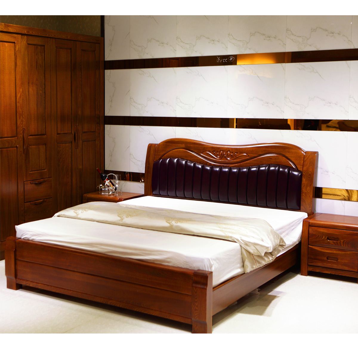 The elm furniture soft bed on the cortex of old elm bed 1.8 meters of modern Chinese style solid wood bed double bed old elm