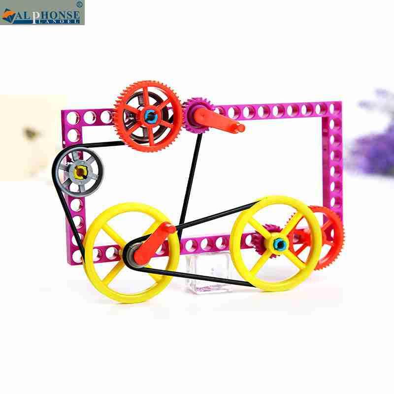 Wetenschappelijke experimenten speelgoed leerlingen DIY - kleine technische Vervaardiging van vistuig riem vast plastic.