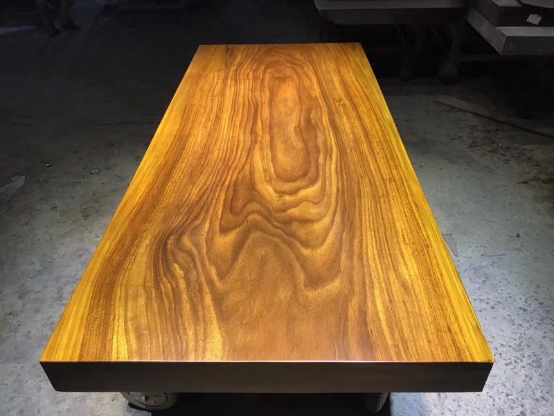 183 * 80 *, la plaque en bois massif table de conférence de bureau de table table table de thé 10 log de la table de bureau