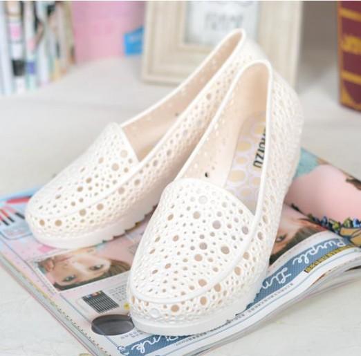 夏季塑膠涼鞋 軟底防滑媽媽鞋 鏤空洞洞鞋鳥巢涼鞋白色護士鞋女