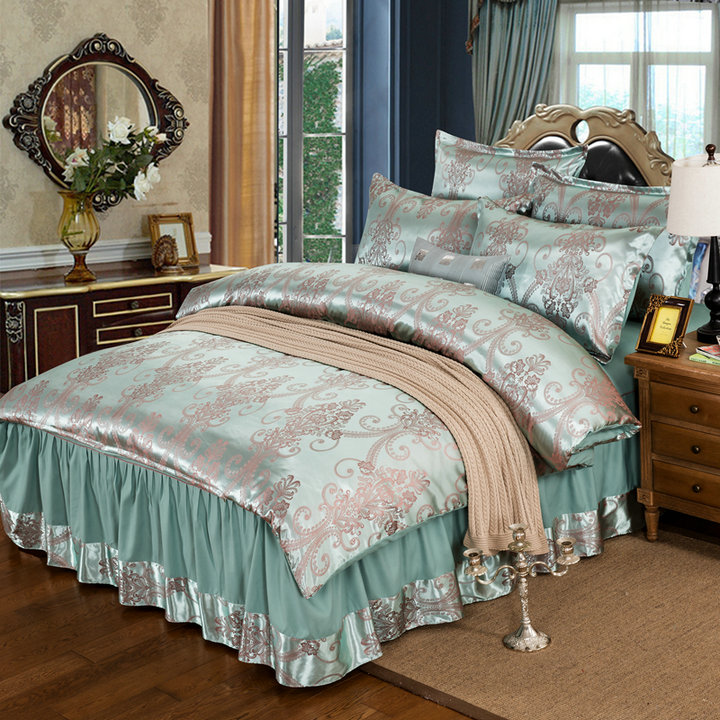 By clearing 17 new four piece silk jacquard satin wedding dress fitted Tencel bed bedspread 4 pieces of bed