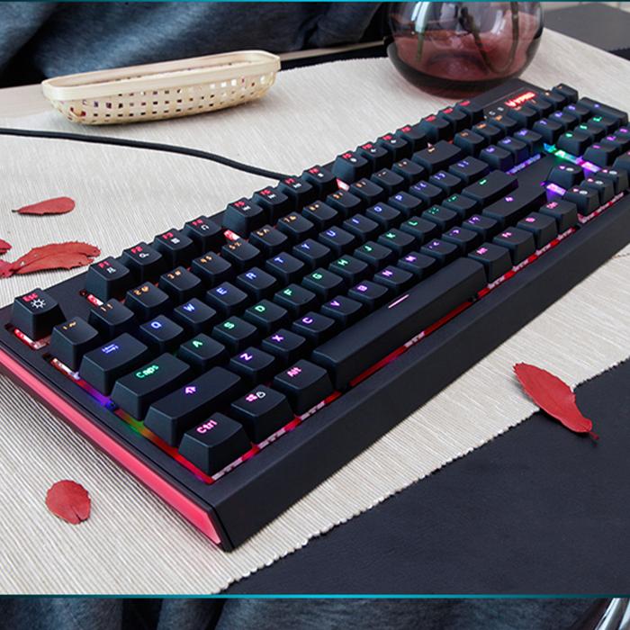 Anchor with mechanical keyboard, green shaft, black shaft keyboard, return to the original round key, the game mechanical keyboard