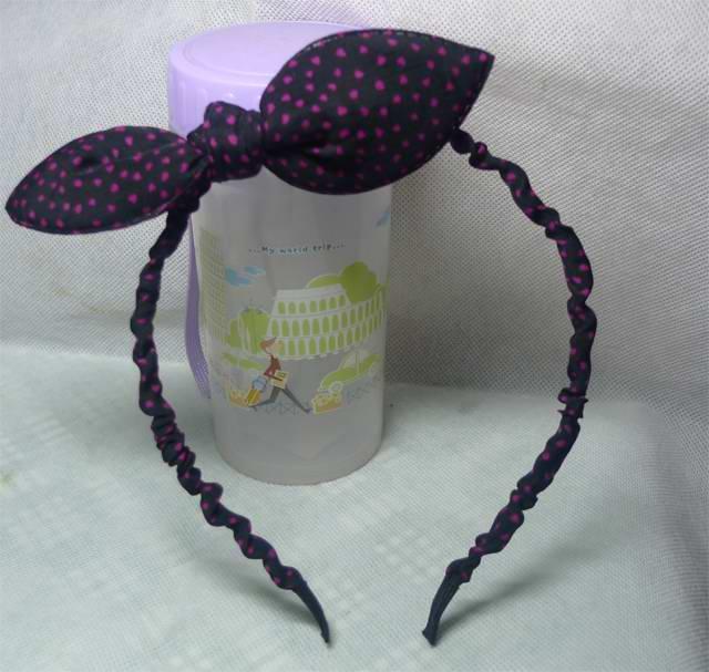 韓版の髪飾りの布で可愛い波点まどか彩時リボンうさ耳カチューシャ宽边頭百搭箍ヘアピン