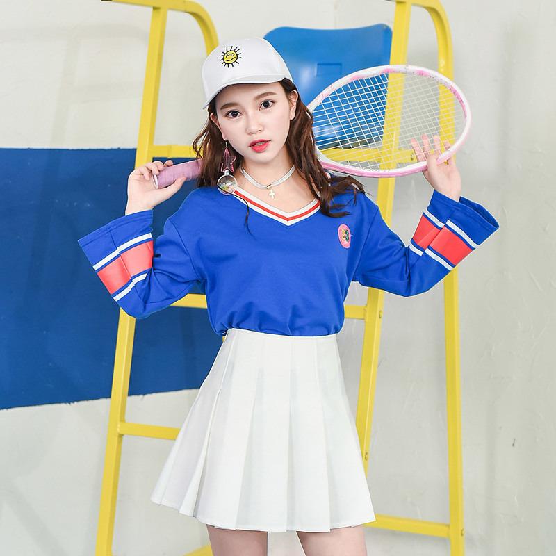 Áo T-shirt nữ họa tiết kẻ sọc cổ chữ V thời trang kiểu dáng rộng rãi phong cách thể thao năng động mẫu mới nhất