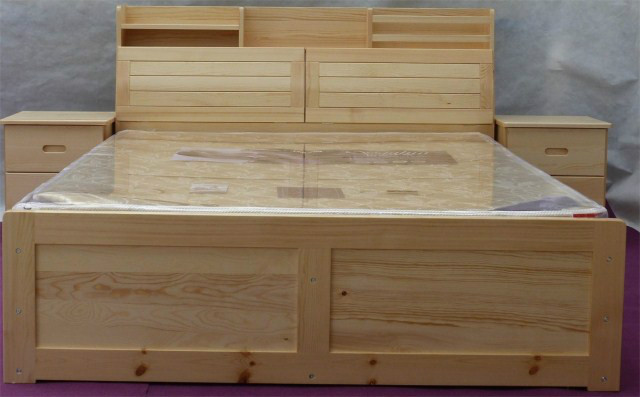 Guangxi Nanning solid wood furniture, pine wave bed. Double bed factory direct mail. Custom made