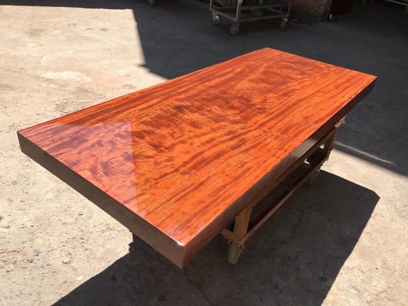 210 * 90 * 10 bar fleur de bois massif table complète de dalles spot côté bureau bureau chef de table