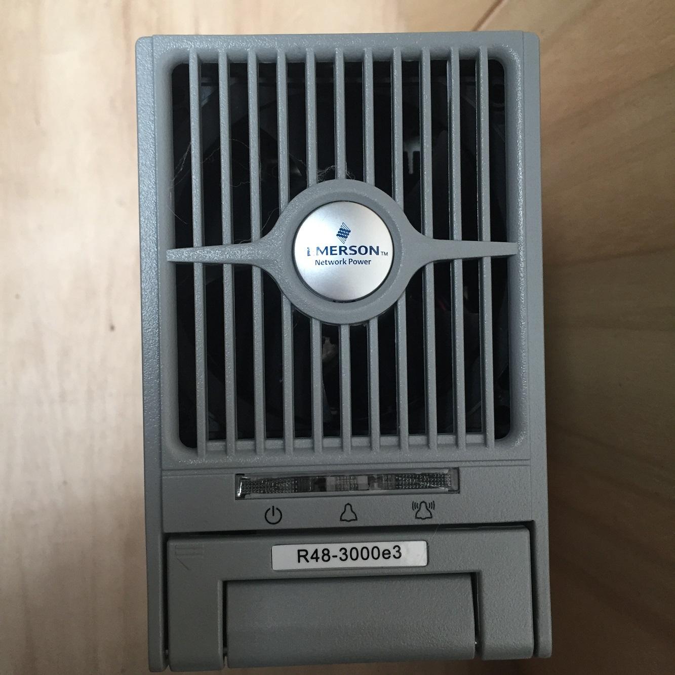 emerson R48-3000e3 energiaegység