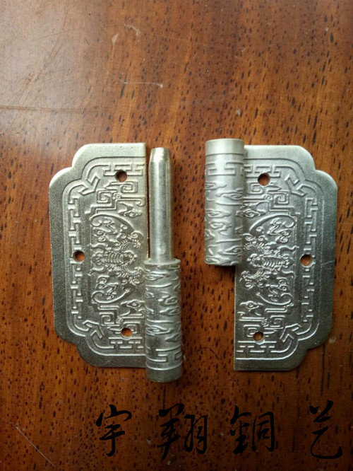 New furniture fittings, new Chinese style antique pure copper carving door and window hinge, bat hinge, bat hinge