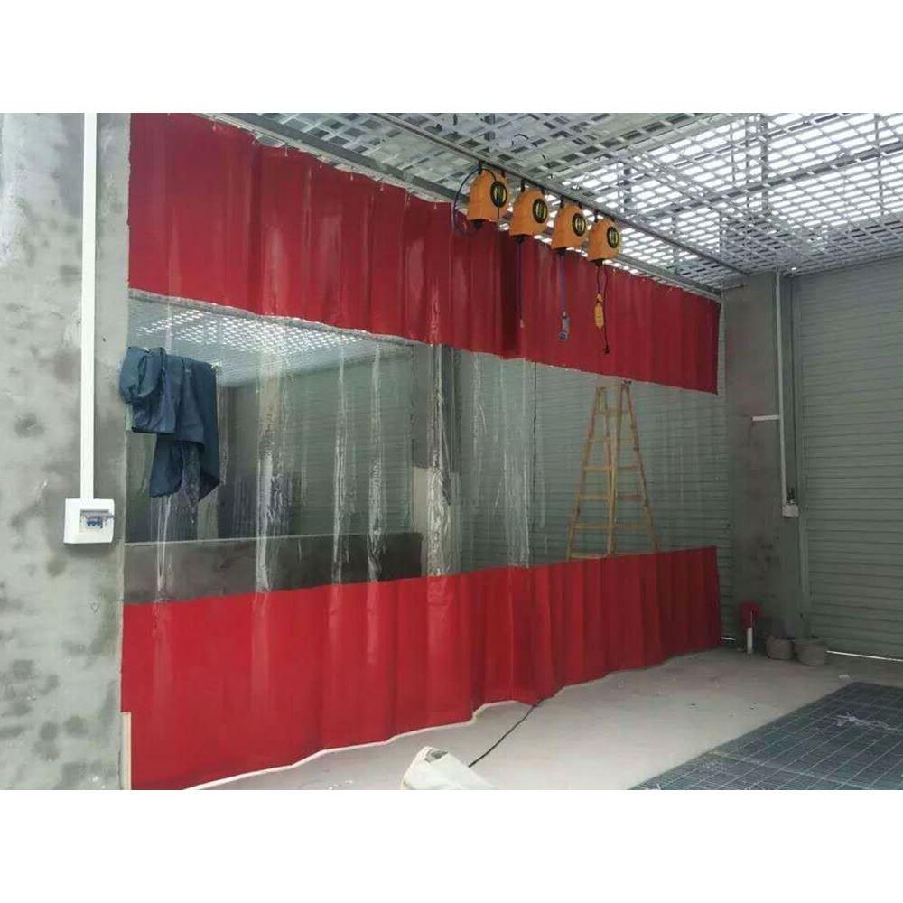 Auto 's wassen van auto' s wassen waterdichte gordijn schoonheid - gordijn was de garage deur stof airconditioning. Duw en trek het gordijn.