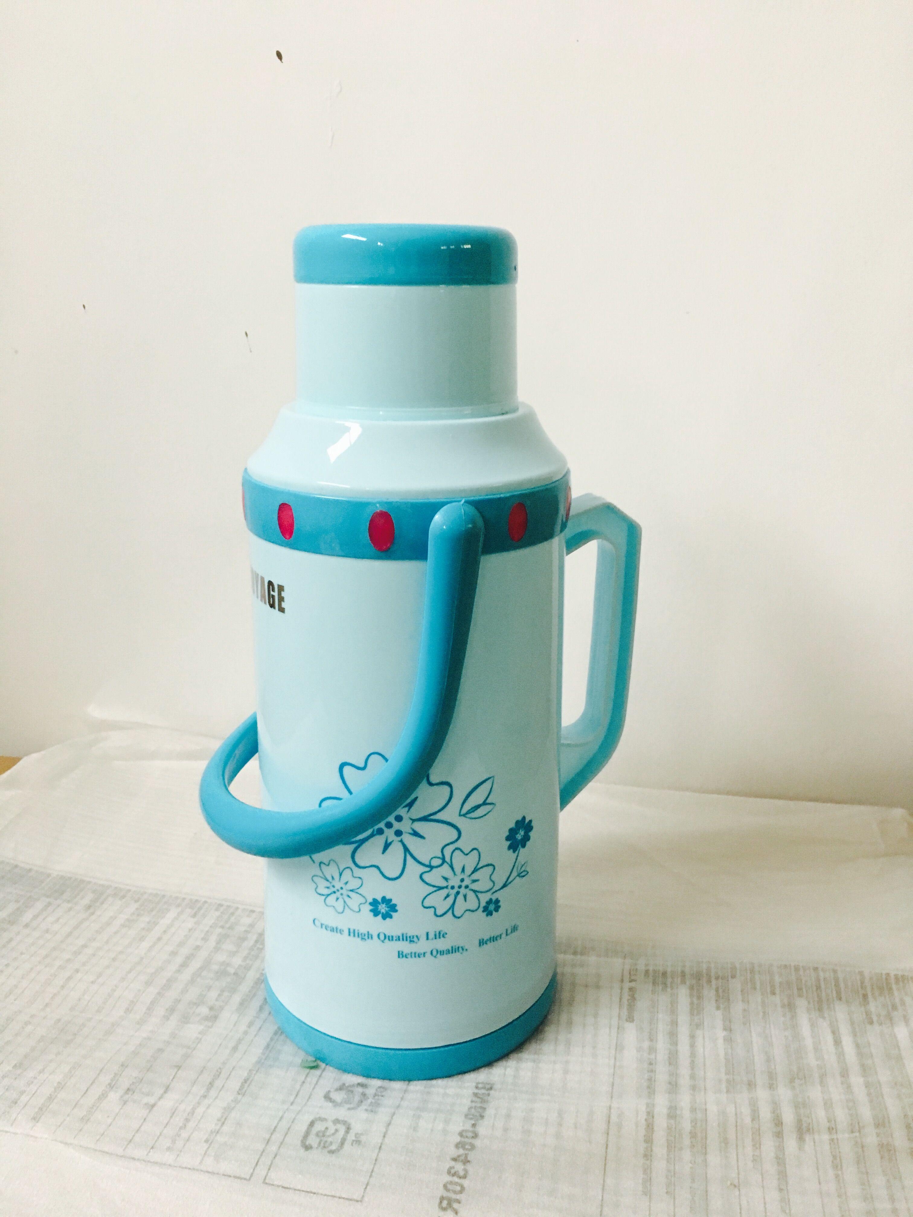 包郵事務プラスチックポットカバー学生ポットポット魔法瓶魔法瓶3.2L殻
