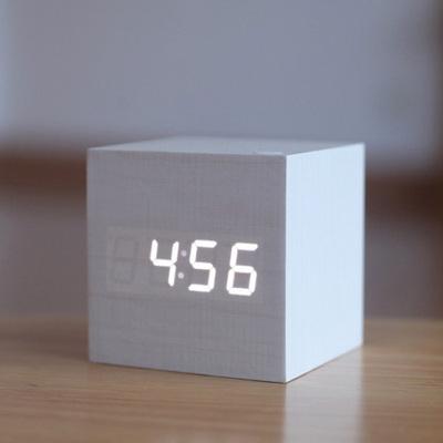 闹钟LED创意声控数码电子闹钟静音学生夜光床头正方形可爱木质钟