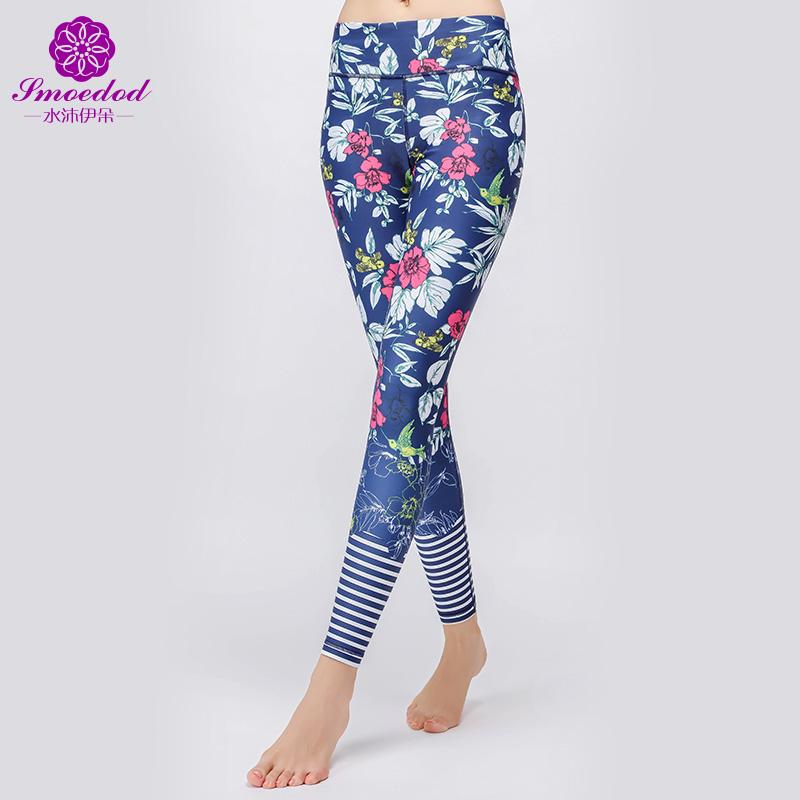 De Banho e roupas de yoga. 伊朵 impressão de movimento de pernas fina e elástico Leggings calças de dança fitness esteira