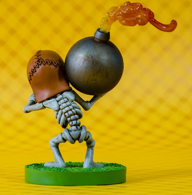 Free shipping 2014 Hot sale !Clash of Clans Bomberman Rensin Action