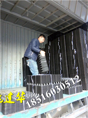 Heat insulation storage and drainage plate, filter plate, root control container, resistance root geotextile, roof greening, roof garden vegetables