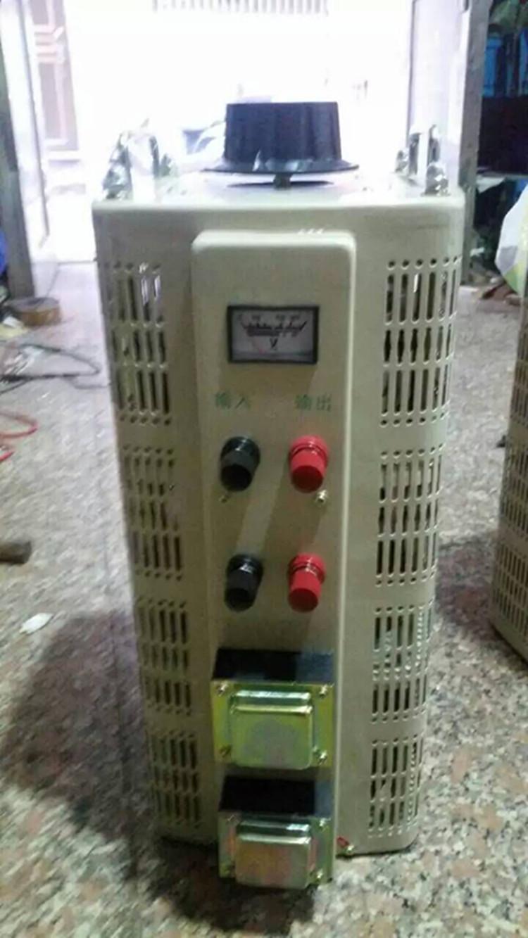 ผู้เชี่ยวชาญในการผลิตเครื่องปรับความดัน TDGC2-40KVA เฟสติดต่อ / / / 0V-250V 300v 430V 500V ปรับ