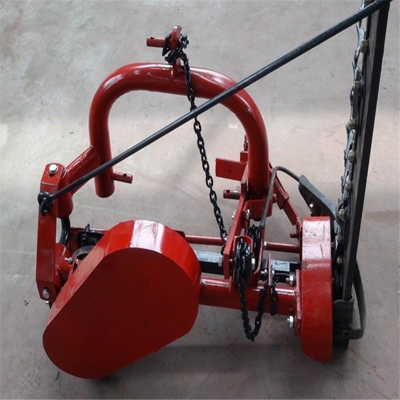 El tractor con el eje de transmisión y cortadoras de forraje de alfalfa de tubo de hierba Cosechadora
