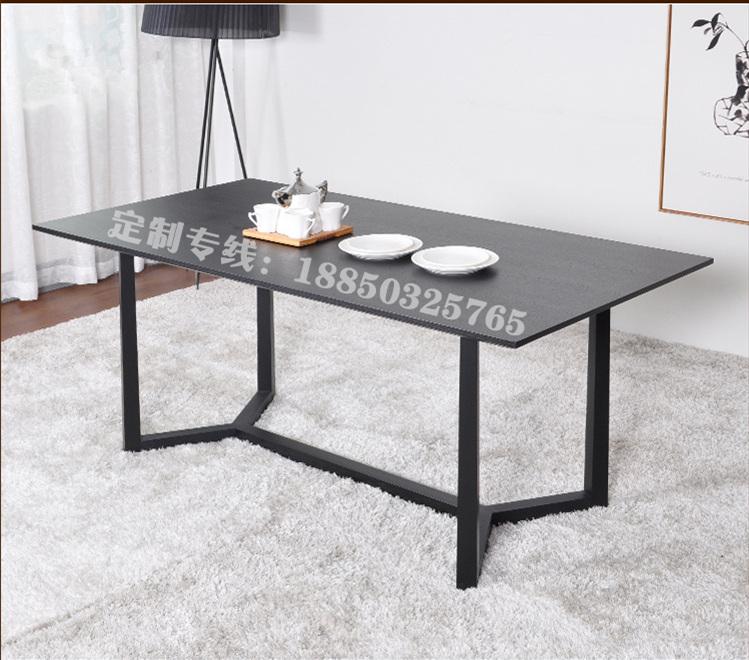 La Conférence de table en bois moderne rectangulaire simple bureau pour discuter de la table de salon de fer Hotel Restaurant Café