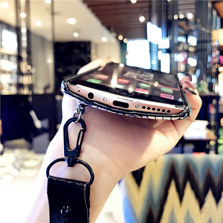 Mito T8 luxury mobile phone shell V4 Rhinestone lips M6 Europe tide brand air M8 hand rope M6 female M4 protective sleeve