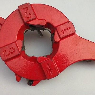 4 بوصة لوحة الأسنان صغير الرأس يموت يموت خيوط خيوط آلة كهربائية شنغهاي الهندسة الرأس آلة قطع قطع غيار اصلية