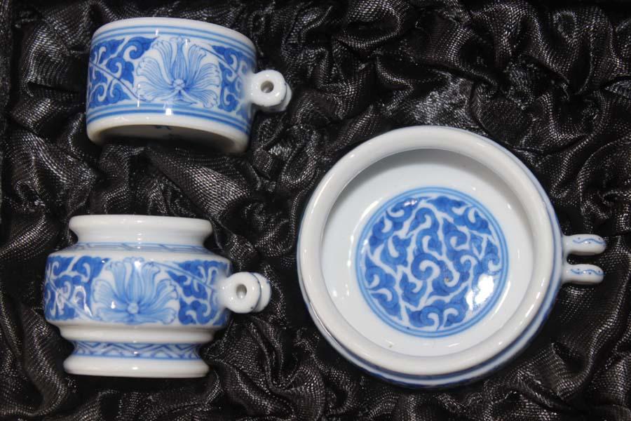 La gabbia di nanchino occhio Bianco - Blu e Bianco - accessori un sei cilindri di accessori Sunbird Tazza di tre serie di Sunbird
