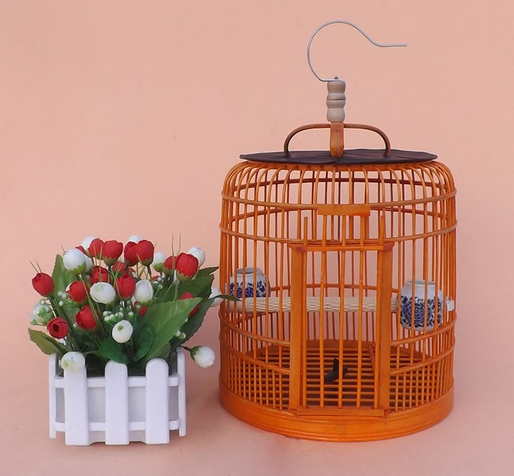 Indigo red bird cage chin Huangque with white eye Kaiko fittings with circular bamboo bamboo cage cage