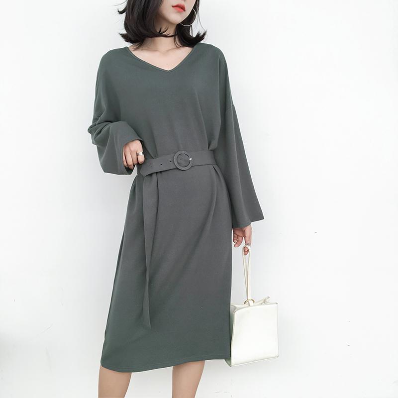 秋装新款韩版纯色系带显瘦宽松休闲中长款V领连衣裙女