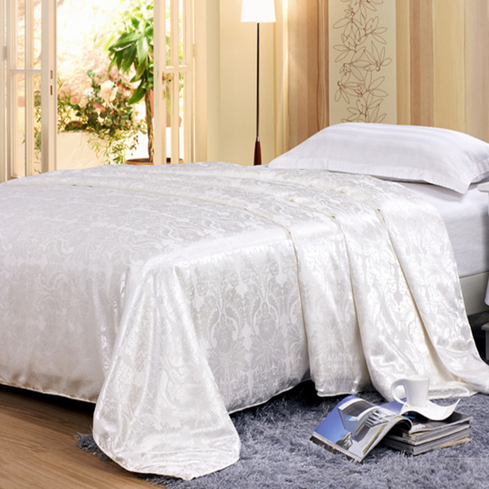 Silk jacquard quilt piece four piece 1.8 meters 1.5m pure Tencel silk quilt bed summer special offer