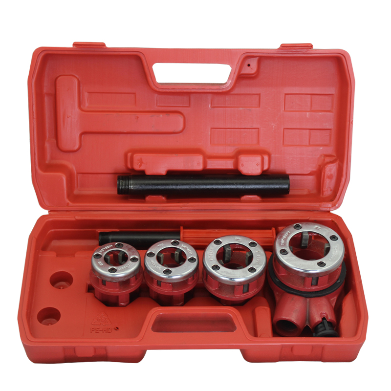 Manual threading machine die head pipe vice pipe cutter in a tap water pipe pipe