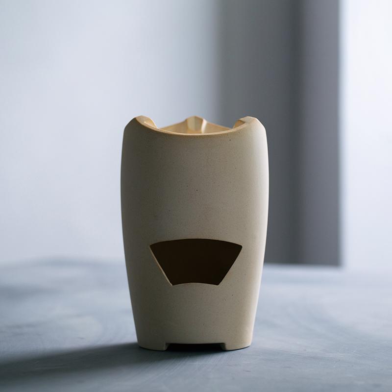 угольный котел японский белый шлам печь печь маленький огонь, готовить чай чай печи температура круто печь печь печь углерода оливковое уголь Древесный уголь