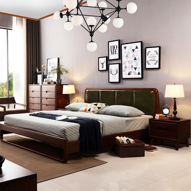 The new version of the Nordic furniture solid wood walnut color 1.8 bedroom double bed silverskin