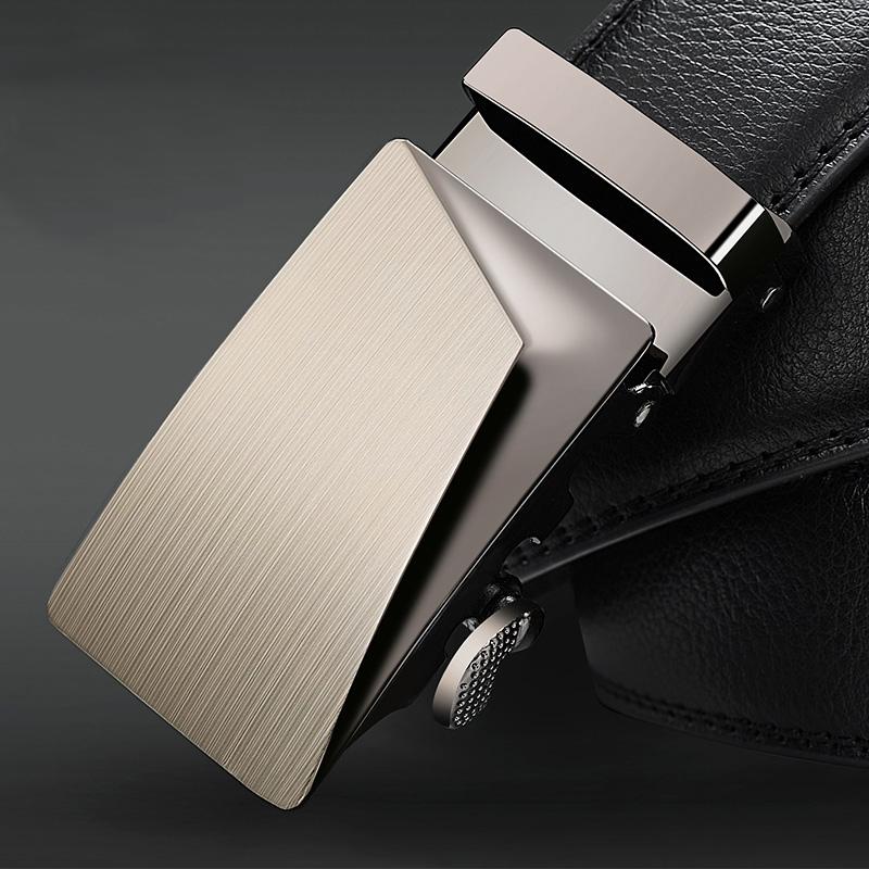 紳士ベルトバックルを詰めて真皮セット皮具自動牛皮裤ベルトを男性のプレゼント