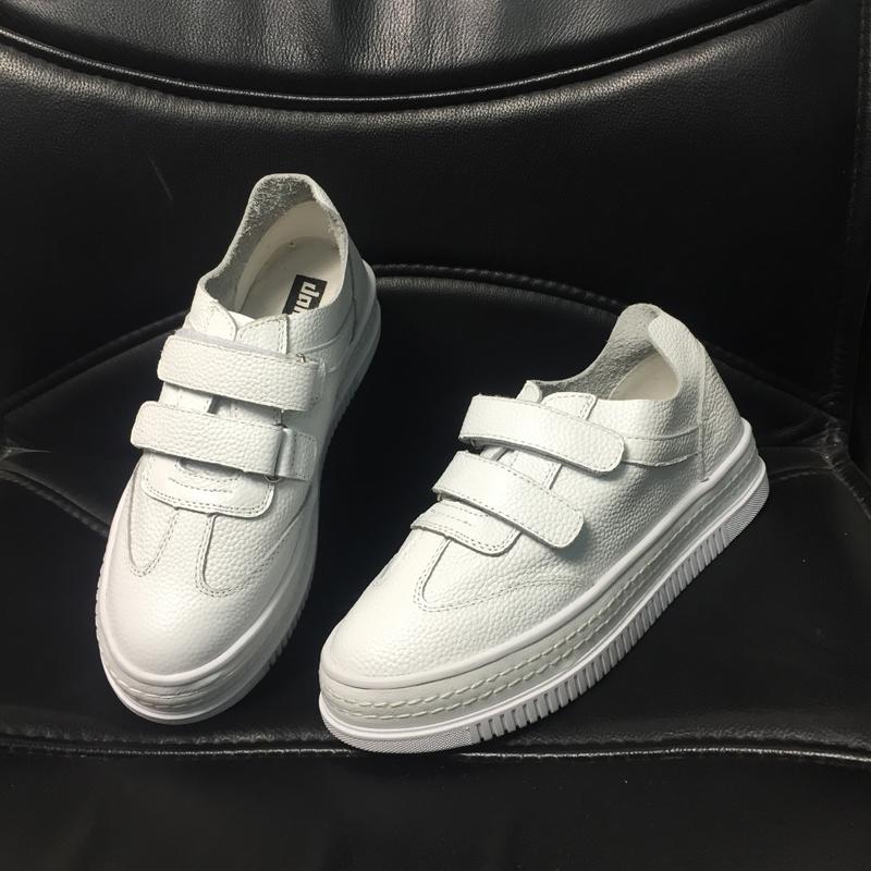 El nuevo Fondo de cuero grueso de zapatos de magia con el Departamento de ocio en Europa es cuero pegado sencillo, cómodo, zapatos de mujer