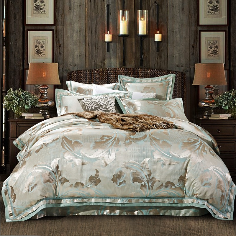 European Tencel four piece White Satin Jacquard Silk Embroidered Lace Wedding bedding quilt 1.8