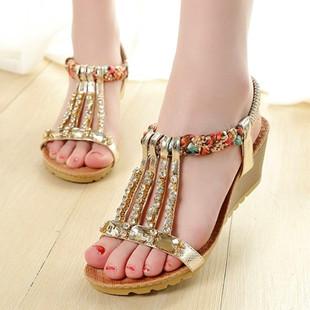 卓诗尼夏季新款凉鞋休闲水钻平跟平底波西米亚女鞋