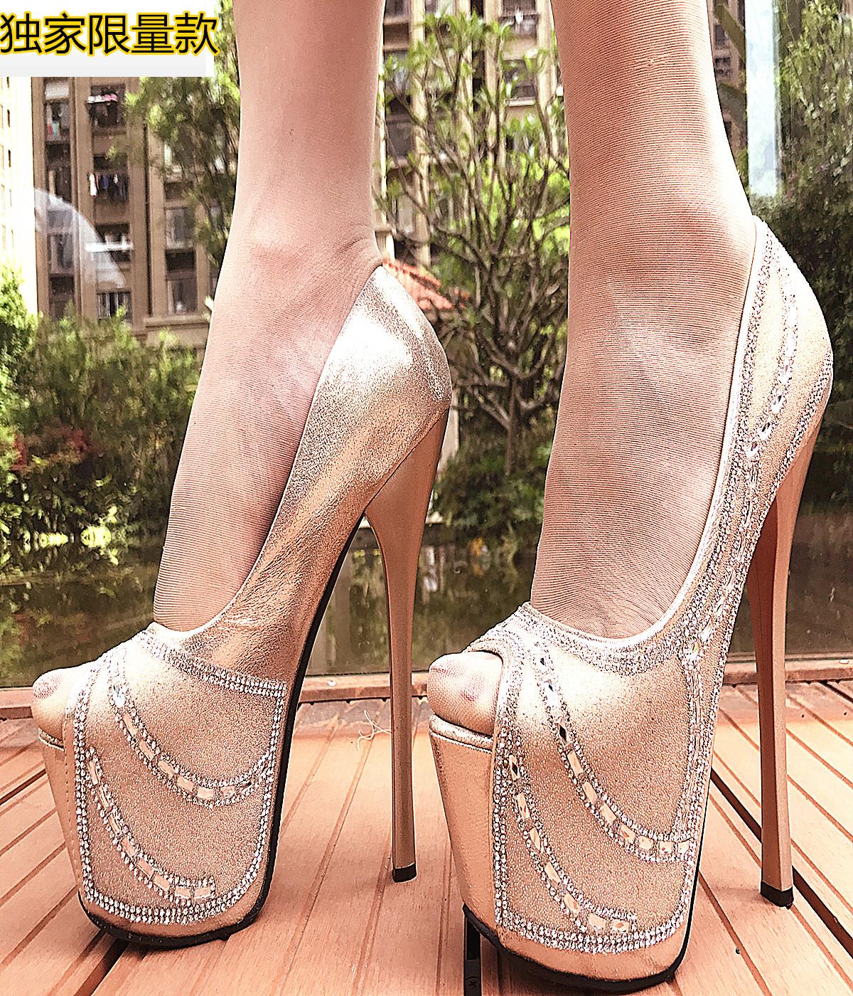水钻鱼嘴性感超高跟16CM细跟走秀单鞋防水台高档奢侈凉鞋女恨天高