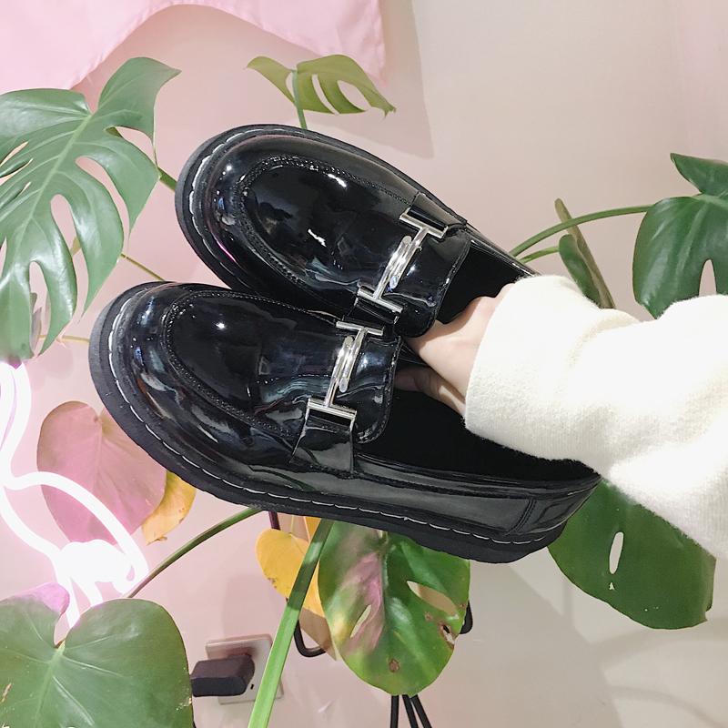 英倫風女鞋2017秋季新款韓版平底單鞋百搭原宿一腳蹬加絨小皮鞋女