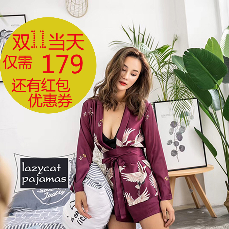 Female silk pajamas silk autumn long sleeved suit wearing sexy ice silk shorts four piece set crane sling