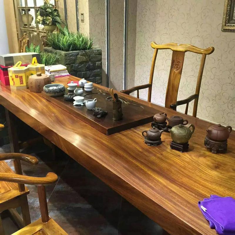 Table en bois massif table, plaque de bois, de poire de fleurs de thé de plaque de bois d'acajou or table table de bureau