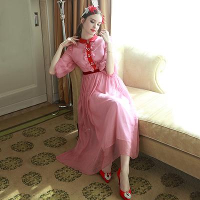 MIUCO欧洲站女装2017春新款灯笼袖钉钻木耳花边粉色长裙连衣裙仙