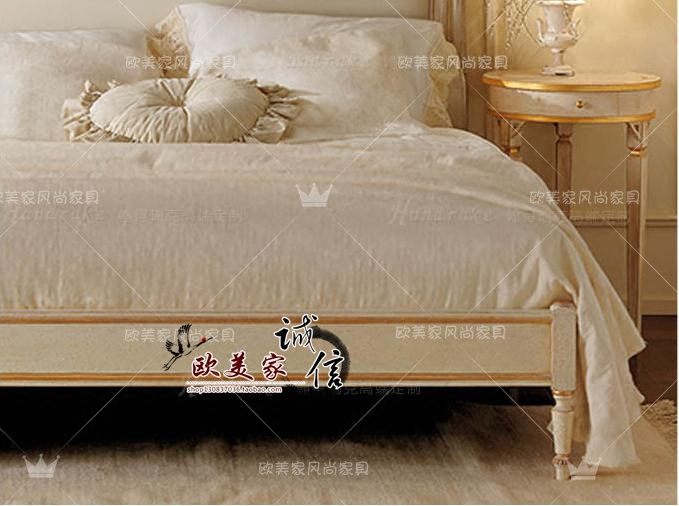 The new European classical wood carved bed modern American modern simple European pastoral double 1.51.8 meters marriage bed