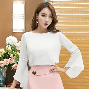 2018韩版女装新款雪纺衫长袖修身显瘦简约圆领镂空荷叶袖白色上衣