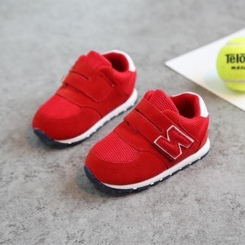 加绒学步鞋软底男童女宝宝运动鞋子0-1-3岁婴儿童鞋春秋季幼儿鞋2