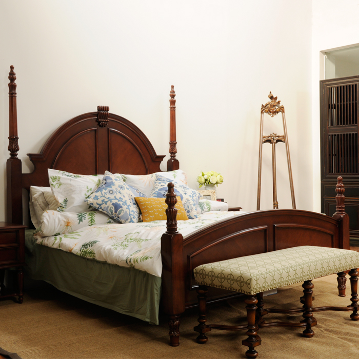 Classic solid wood carving, green double bed, Rome bed, stigma column, big bed villa, master bedroom, bedroom top grade
