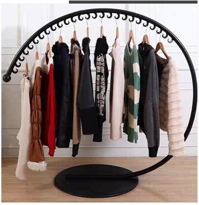 Железо одежды стеллажи круговой остров в магазин одежды осень одежда дисплей стойки полки c типа вешалки