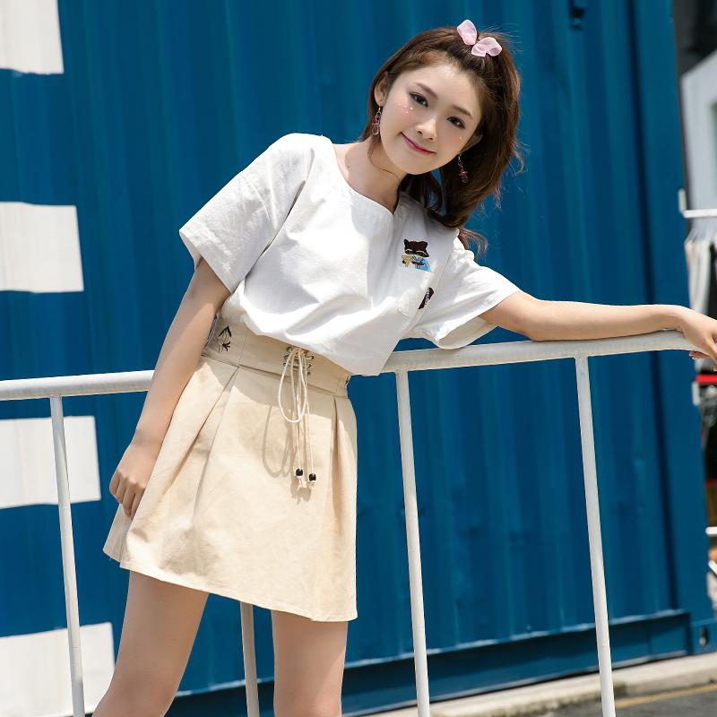 Áo T-shirt nữ cộc tay chất thô thêu hoa hình hồ ly màu trắng phong cách Hàn Quốc dễ kết hợp phong cách học sinh trẻ trung kiểu dáng rộng rãi mẫu mới nhất